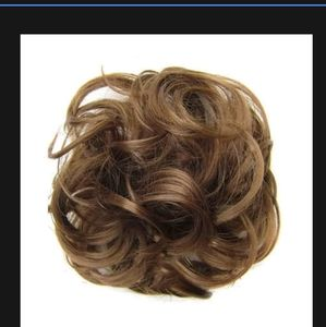 Nwt hair extensions pony tail